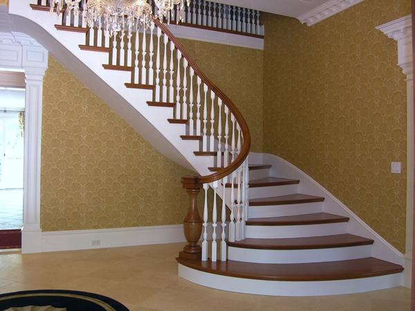 dubleks ahşap merdiven